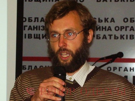 Владимир Полторак
